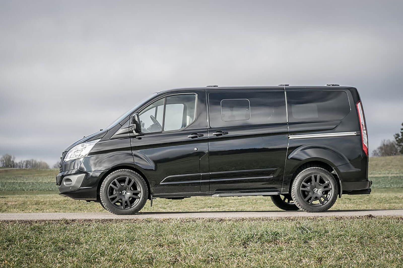 Ford custom schwarzmatt
